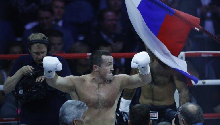 Лебедев победил американца и нацелился на супербой с Усиком