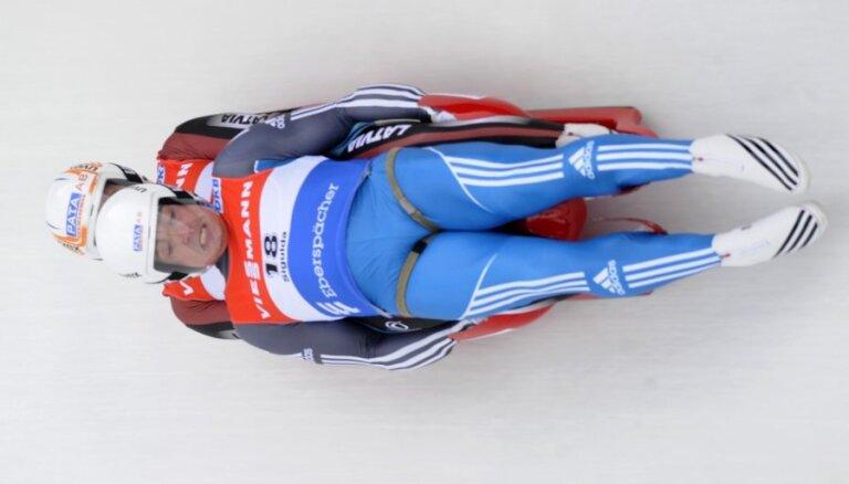 Brāļi Šici izcīna 12.vietu Oberhofas trasē