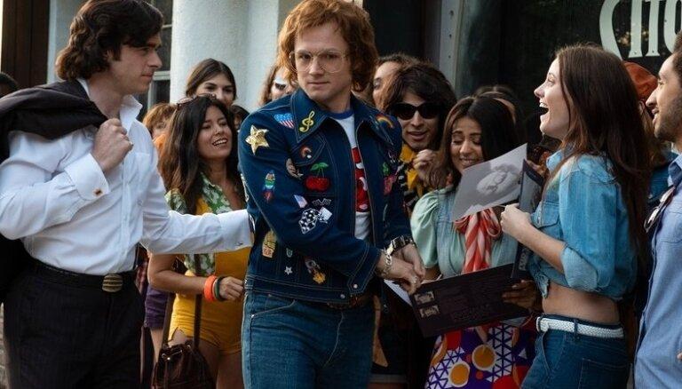 Eltons Džons nosoda filmas 'Rocketman' cenzēšanu Krievijā