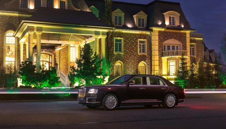 Krievu luksusa auto marku 'Aurus' vācieša vietā turpmāk vadīs UAZ priekšnieks