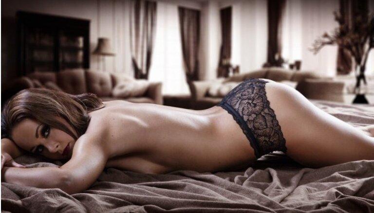 Slavenā anorektiķe Tatjana izārstējusies un pozē kaila