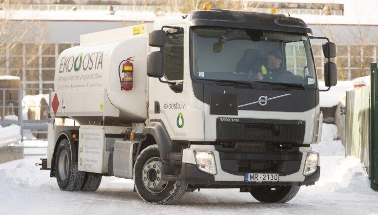 'Eko Osta' autoparku papildinājusi ar specializētu auto eļļu savākšanai