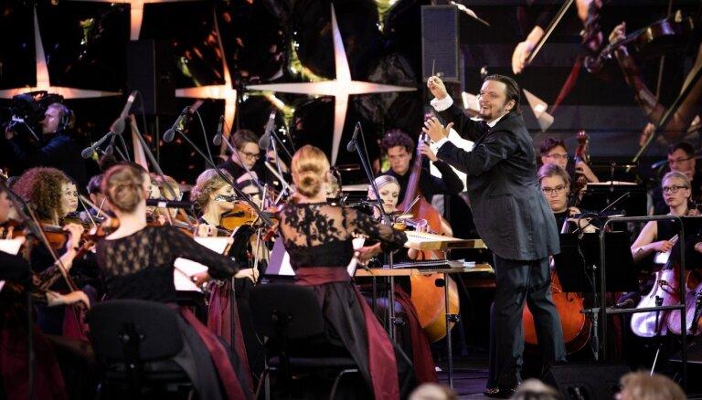 'Dzimuši Latvijā' – starptautiski atzīto un jauno mūziķu satikšanās 'Jūrmalas festivālā'