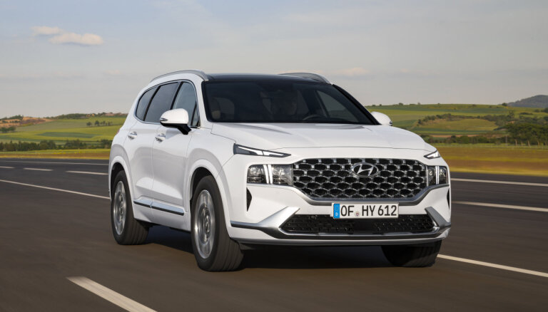 'Hyundai' modernizējis 'Santa Fe' apvidus automobili