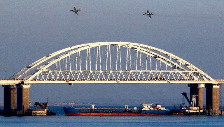 Starptautisks tribunāls sāk vētīt Krievijas agresiju Kerčā