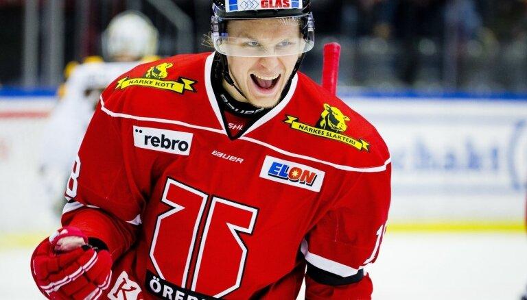 Ābols asistē divos vārtos un iemet uzvaras 'bullīti' Zviedrijas čempionāta mačā
