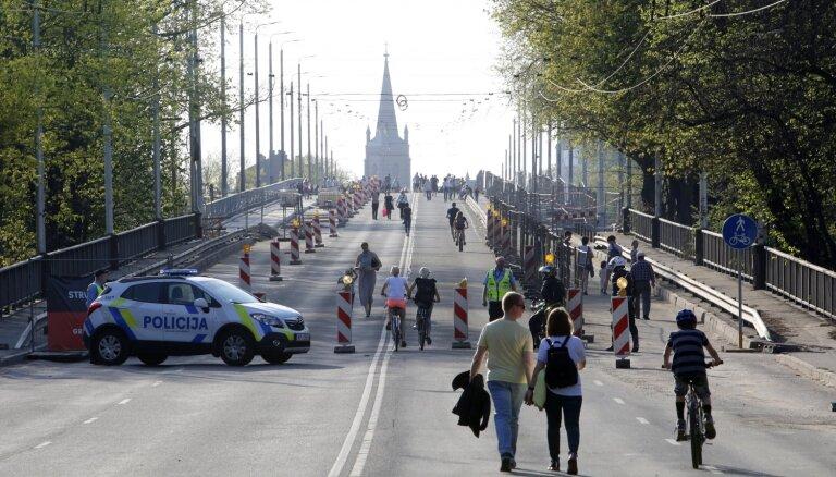 Приоритет РД — возобновить движение через Деглавский мост, о ремонте будут думать потом