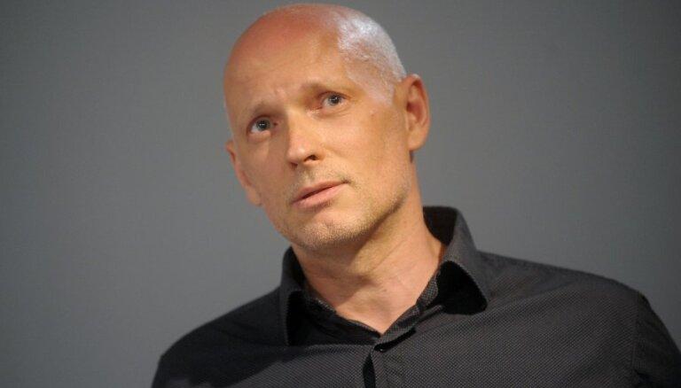 Jaunais Rīgas teātris informē par sezonas aktualitātēm