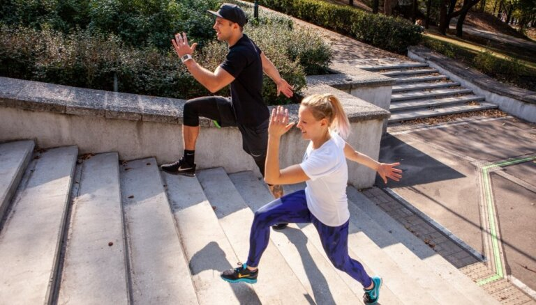 ВИДЕО. Лестница вместо тренажера: упражнения для сжигания калорий и укрепления всего тела