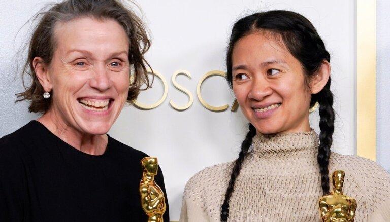 """В Китае отказались писать о победе Хлои Чжао на """"Оскаре"""""""