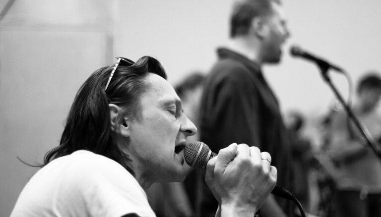 Dzintaros skanēs Igo jaunā koncertprogramma 'Dzīve bez apstājas'