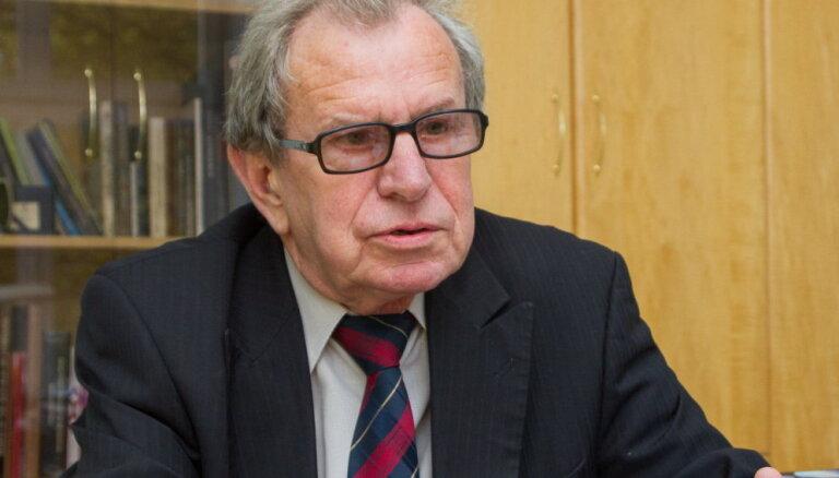 Valsts pārvaldes un pašvaldības komisiju vadīs Dolgopolovs