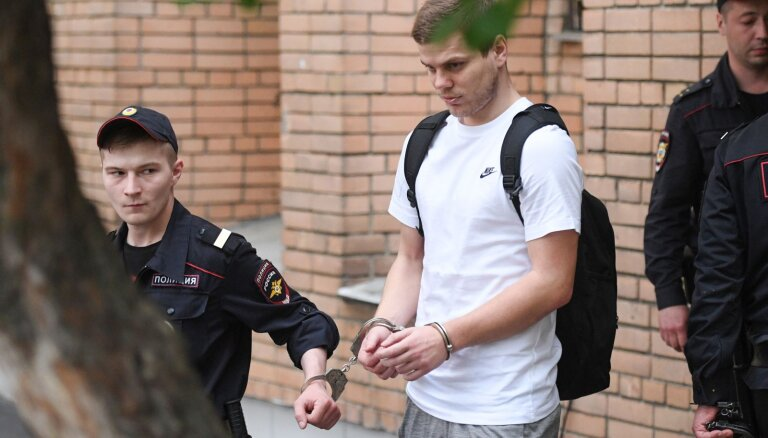Суд заново рассмотрит дело футболистов Кокорина и Мамаева