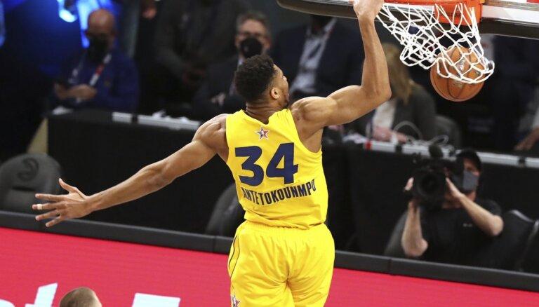 Adetokunbo trāpa visus metienus un kļūst par NBA Zvaigžņu spēles vērtīgāko spēlētāju