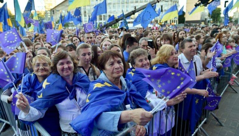 Stājies spēkā Ukrainas un ES bezvīzu režīms