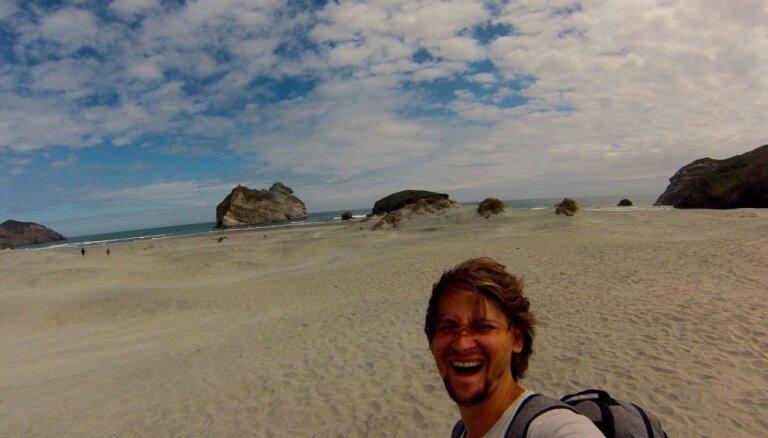 Noklausies! Ģitārists Reinis Jaunais piedāvā divus Jaunzēlandē tapušus video