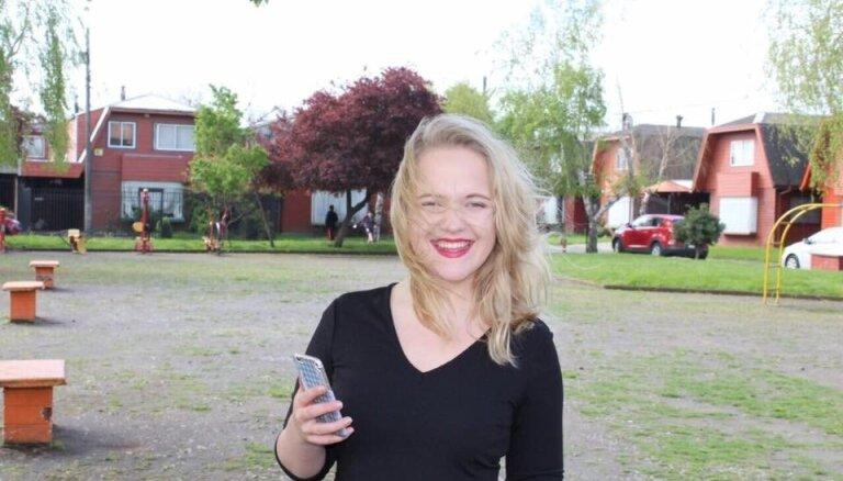 Vienīgā blondīne reģionā: skolniece Adele par piedzīvojumiem apmaiņas programmā Čīlē