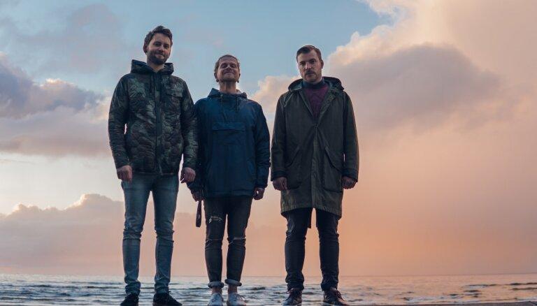 Noklausies! Rokgrupa 'Indygo' publicē slavas dziesmu vasarai 'All The Waves'