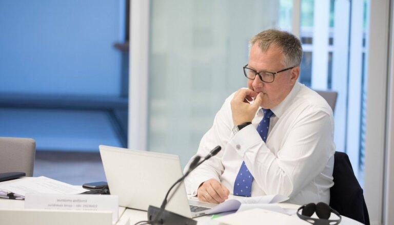 Pēc asām debatēm Saeima konceptuāli atbalsta augstskolu reformu