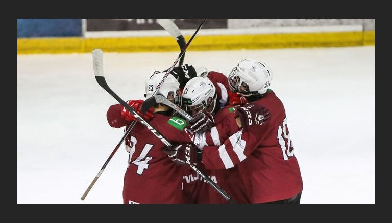 Latvijas U-17 hokeja izlase Prezidenta kausa izcīņu Minskā sāk ar uzvaru pār Kazahstānu