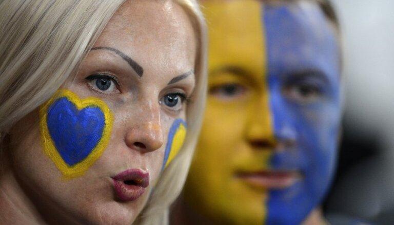 Самые красивые и эффектные болельщицы ЕВРО-2012