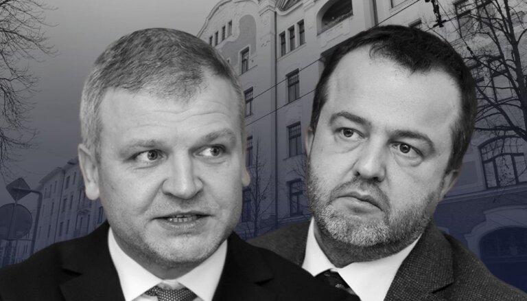 'Lēmums smags, bet pašlaik visatbilstošākais' - 'ABLV Bank' akcionāri nolemj likvidēt banku (plkst.22.30)