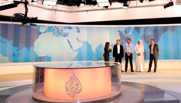 Ēģiptē atkal aiztur 'Al Jazeera' darbinieku 'uz safabricētu apsūdzību pamata'