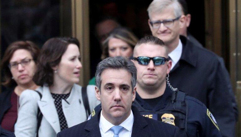Bijušais Trampa advokāts notiesāts uz trīs gadiem