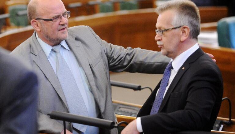 Pielaidi nesaņēmušais Tutins sliecas nepiedalīties balsojumā par NDK vadītāju