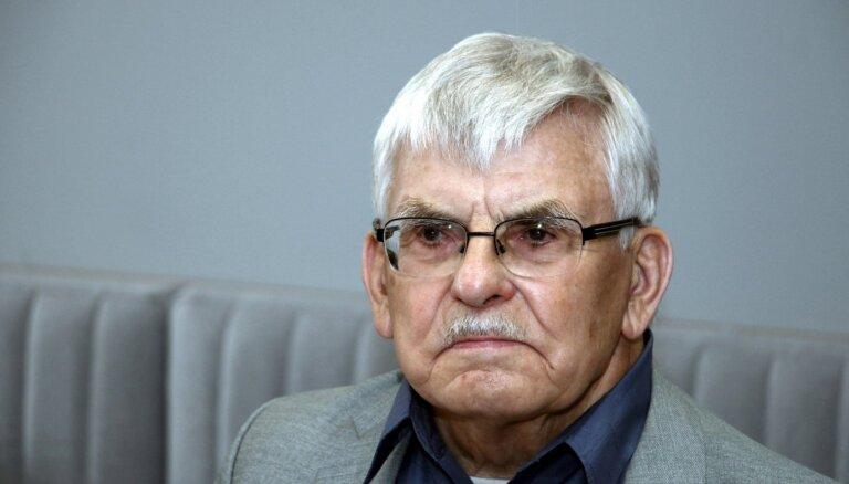 Aizsaulē devies bijušais Saeimas deputāts Aivars Berķis