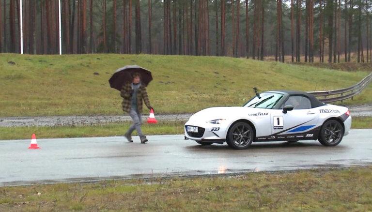 'Zebra': Kā un kāpēc bremzēt automobili ar pārnesumiem