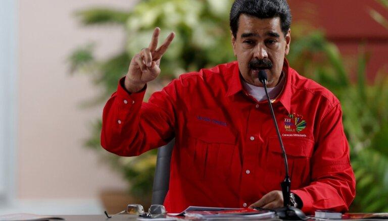 ASV un Venecuēlas amatpersonu starpā noris sarunas, apliecina Tramps un Maduro