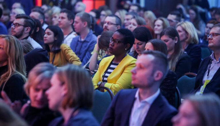 Kurp dodas cilvēks – mašīna: 'Digital Freedom Festival' izsludina konferences runātājus