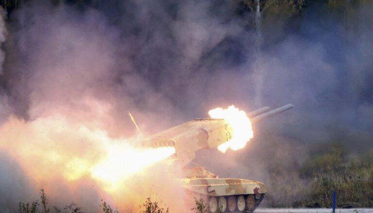 T-90, 'Buratino', 'Krasuha' un citi: kādi zīmīgi Krievijas ieroči manīti Ukrainā