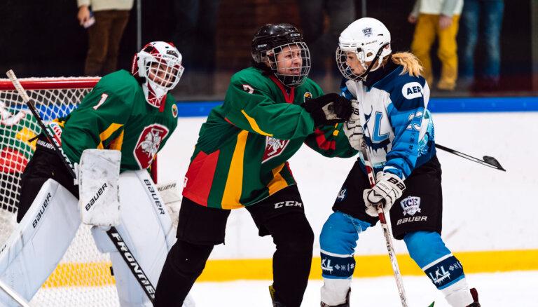 ФОТО: Впервые в истории! Стартовал женский чемпионат Балтии по хоккею