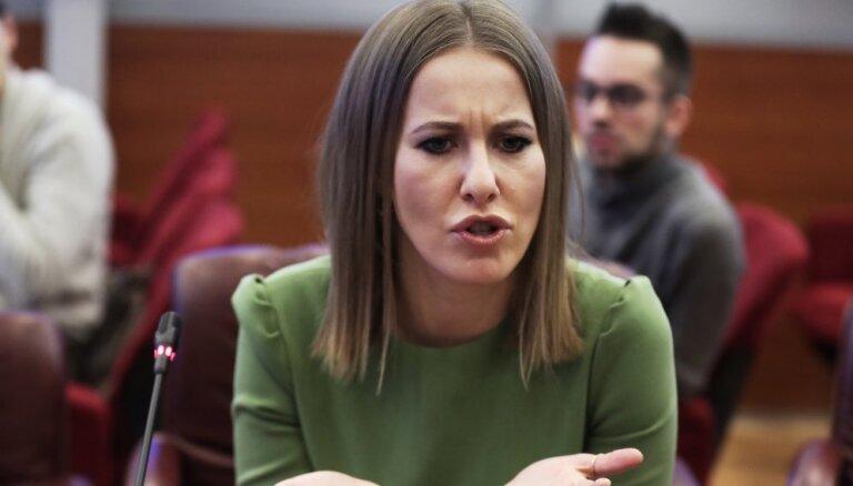 Собчак подала в суд на Жириновского за оскорбления во время теледебатов