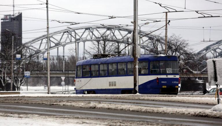 10. tramvaja vietā remontdarbu laikā kursēs autobuss