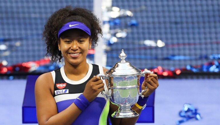 ФОТО, ВИДЕО: Наоми Осака победила Викторию Азаренко в финале US Open