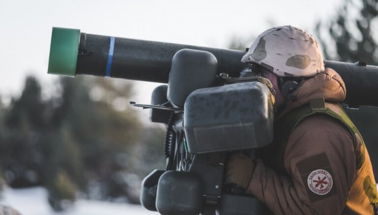 Armijai plāno iegādāties Pretgaisa aizsardzības ugunsvadības centrus