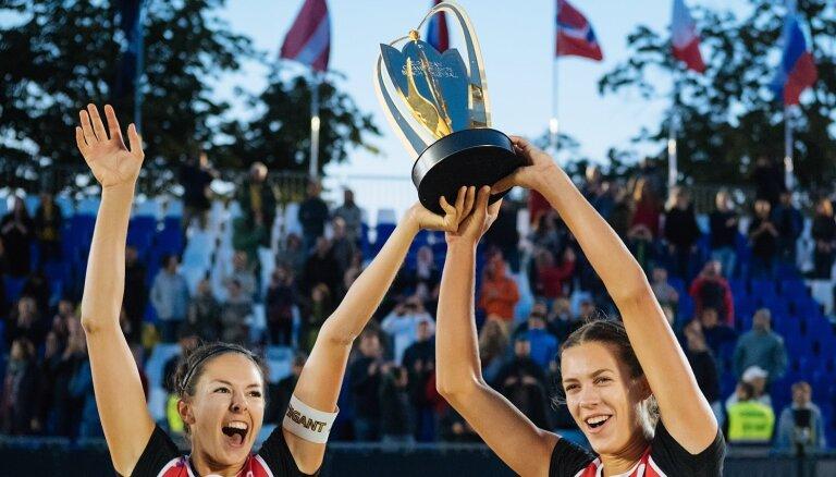 Eiropas čempiones Graudiņa/Kravčenoka aizvadīs spēli Doma laukumā