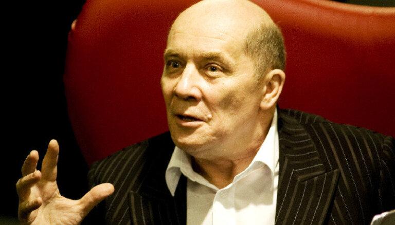 Александр Филиппенко: герой нашего времени — человек сомневающийся и анализирующий