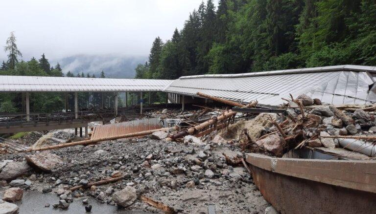 Plūdos Vācijā smagi izpostīta Kēnigszē bobsleja, kamaniņu un skeletona trase