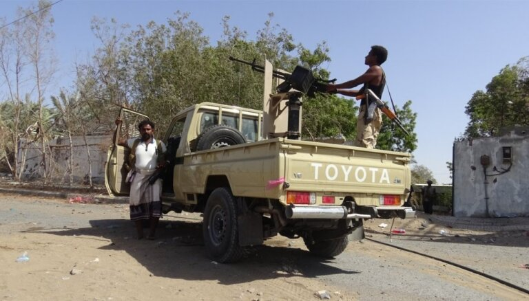 Jemenas konfliktā nogalināti vai ievainoti vairāk nekā 70 000 cilvēku, paziņo PVO