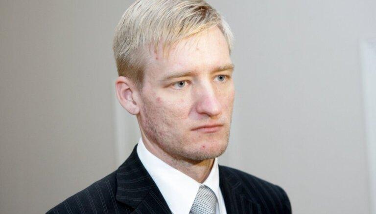 Sprūdžs neatzīst Lemberga prasību par morālā kaitējuma piedziņu 14,2 tūkstošu eiro apmērā