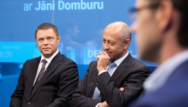 Pēc mēra ievēlēšanas opozīcija uztur ideju par Rīgas domes atlaišanu, Burovs to neizslēdz