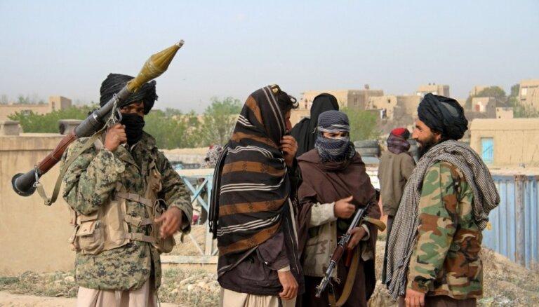 Pamiers Afganistānā tuvākajā laikā nav gaidāms, uzskata talibu līderis