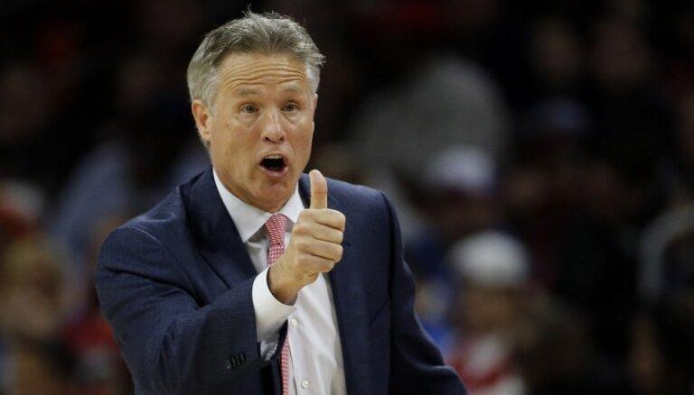 Filadelfijas '76ers' pagarina līgumu ar galveno treneri Braunu