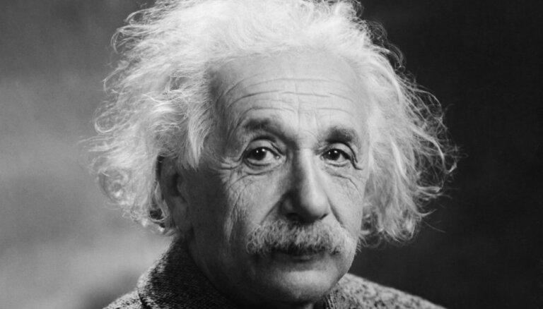 Ģeniālo Albertu Einšteinu pieminot – 12 izcili domu graudi