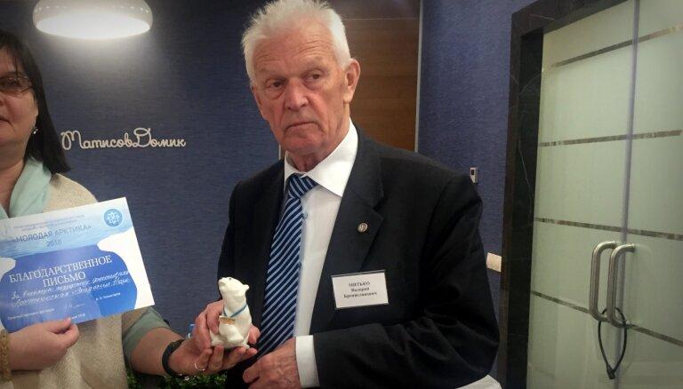 Krievijā par spiegošanu Ķīnas labā apsūdz 78 gadus vecu Arktikas pētnieku