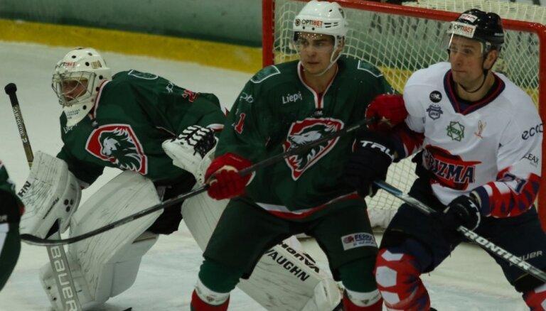'Liepājas' hokejisti nosargā uzvaru pret 'Prizmu'